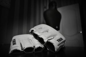 MMA gloves feature image